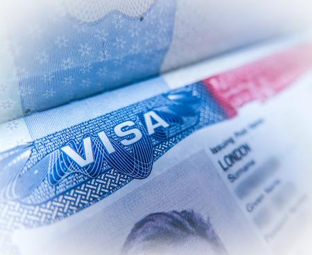 Detalle de un Estados Unidos Visa de Trabajo en un pasaporte del Reino Unido Foto de archivo