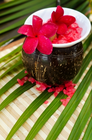 Spa setting concept with plumeria flowers Stock Photo - 16109696