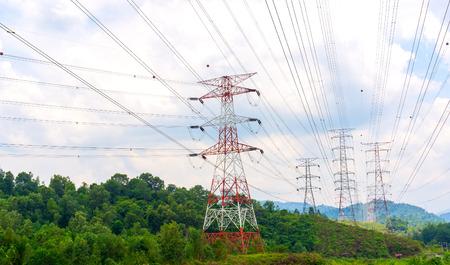torres de alta tension: Línea eléctrica de alto voltaje