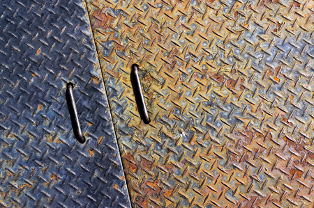 chequer: Rusty chequer plate