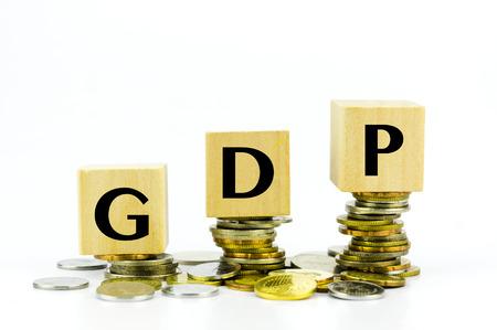 동전의 스택 금융 개념 - GDP (국내 총생산)에 작성합니다.