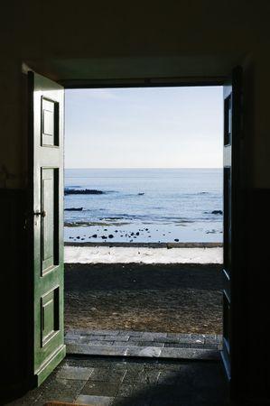 Ocean trough the door Stock Photo - 1895889