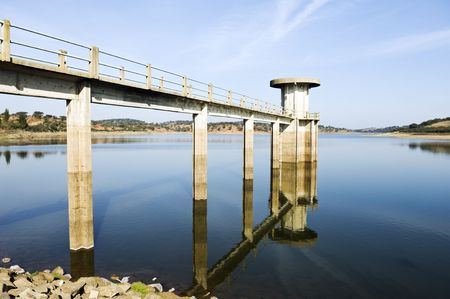 Intake tower in Vigia Dam, Alentejo, Portugal Standard-Bild