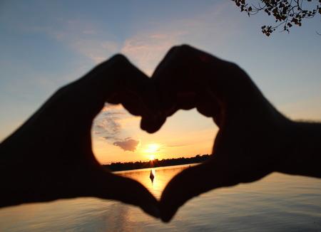 spiegelung: Sonnenuntergang