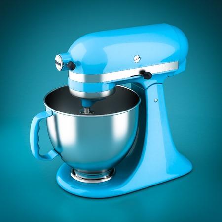 Krachtige keuken mixer op een blauwe achtergrond Stockfoto