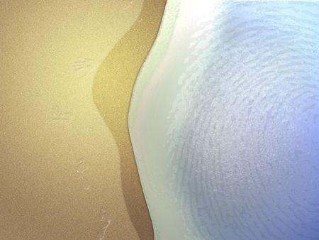 해변에서 조 수의 근접 촬영입니다. 발 인쇄 및 손 인쇄 모래입니다. 파도에 지문.