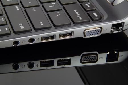 ノート パソコンの様々 な入力と出力ポート。