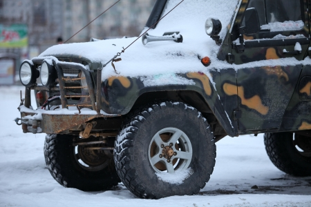 4x4 truck in the snow