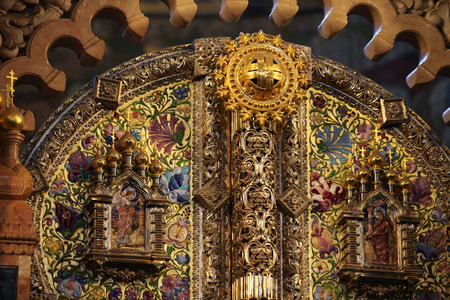 iconostasis: Inonostas from gold and precious stones in Church