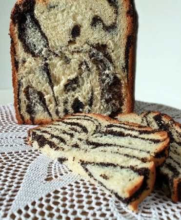 cut off: cut off Homemade papaverous cake