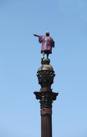 descubridor: Barcelona, ??Espa�a Junio ??12, Monumento a 2013 a Columbus camiseta de f�tbol del club