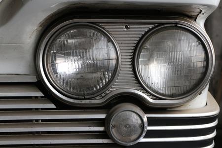 vintage American car life in the dusty garage Lizenzfreie Bilder