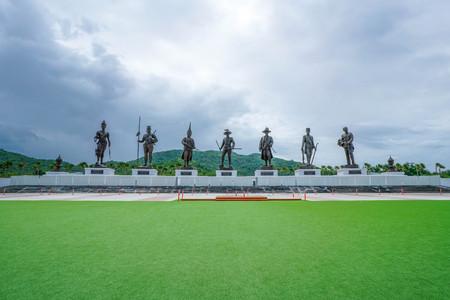 Rajaphak Park 7 Greatest King Statue Stockfoto