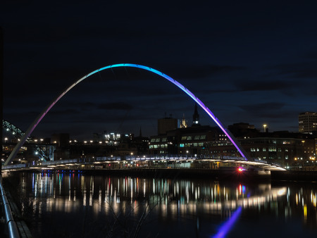millennium: Newcastle upon Tyne - Gateshead Millennium Bridge