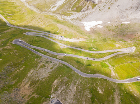 Road to the Stelvio mountain pass in Italy. Amazing aerial view of the mountain 版權商用圖片