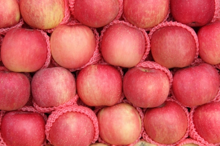 Yummy pile of apples fruit  Malus Domestica , for sale on a market stall in Thailand  Stock Photo