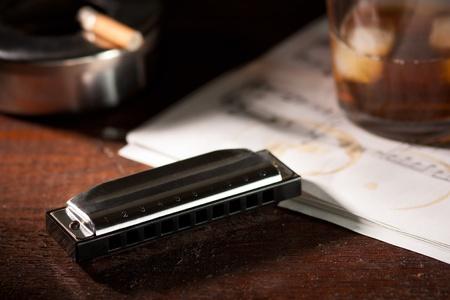 하모니카 위스키와 담배