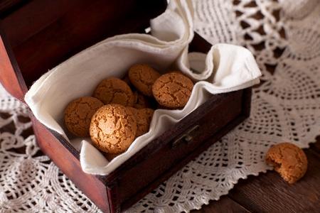 Amaretti, Traditional Italian Cookies Made from Almonds 版權商用圖片