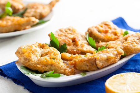 Fried Artichokes Hearts with Parsley and Lemon 版權商用圖片