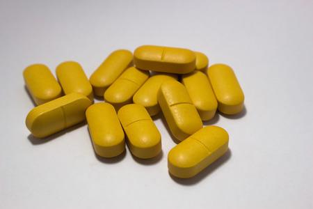 ascorbic acid: Vitamin C tablets