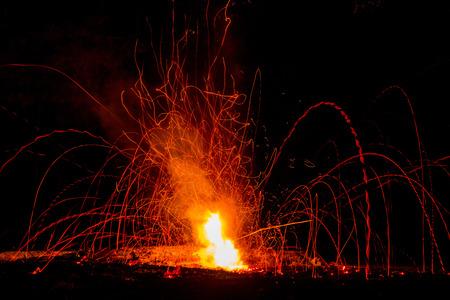 Explosión en el fuego