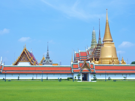 Temple of Emerald Buddha (Wat Phra Kaew) at Grand Palace in Bangkok, Thailand.