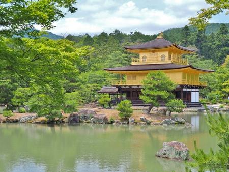 rokuonji: Golden pavilion at Kinkaku-ji temple in Kyoto, Japan. Kinkakuji temple is famous tourist attraction in Japan. Stock Photo