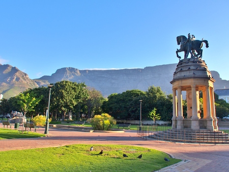 Delville Wood Memorial in The Companys Garden, Cape Town, Western Cape Province, South Africa. Table Mountain as background. Stock Photo