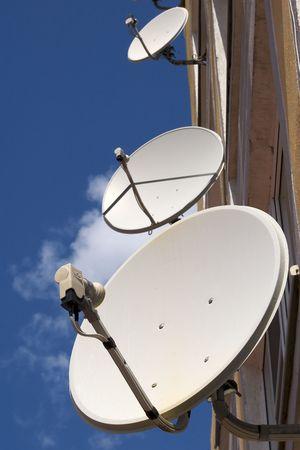 parabola: Satellite television