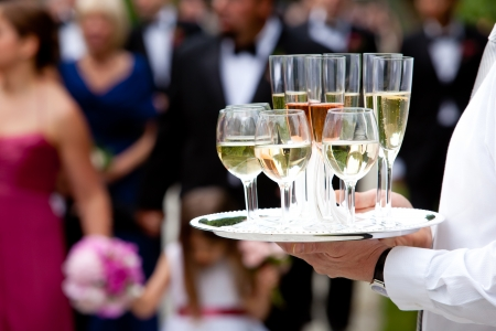 mesero: Servicio de bodas y catering