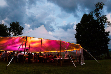 wedding tent at night Imagens