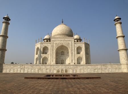 Beautiful Taj Mahal seen from the east side Stock Photo - 13629318