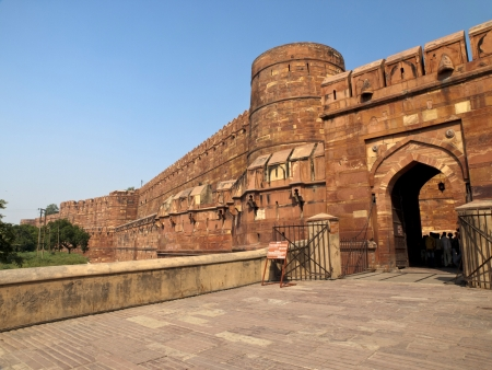 unesco world cultural heritage: Entrance gate to the famous Agra Fort in Uttar Pradesh, India