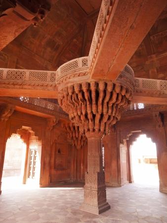 fatehpur: The central pillar of Diwan-i-khas in the Fatehpur Sikri, Agra district, India