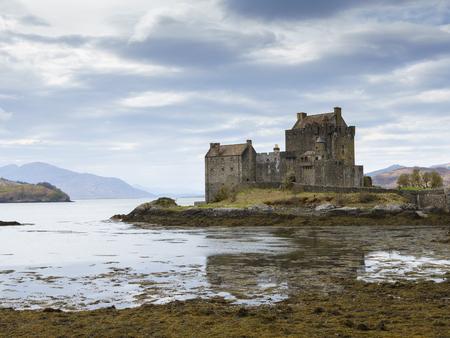 kyle: Eilean Donan Castle, Kyle of Lochalsh, Highland, Scotland, United Kingdom.