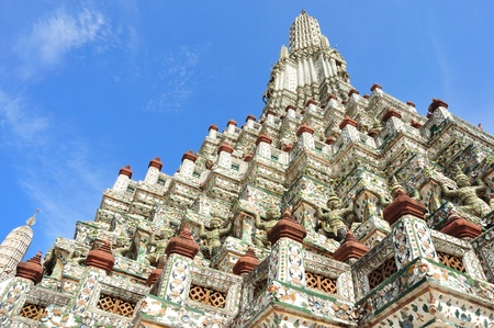 Wat arun temple, Bangkok, Thailand photo