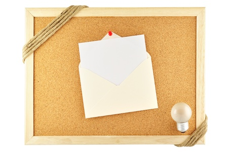 noteboard: Envelope pinned on cork notice board Stock Photo