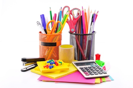 Office-Tools auf einem weißen Hintergrund Standard-Bild - 15915060