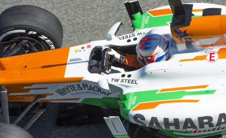 sterring: JEREZ (Spain) - FEBRUARY 10th: Paul di Resta testing his new Force India F1 car on the first Test at the Jerez Circuit, Andalucia Spain 2013.