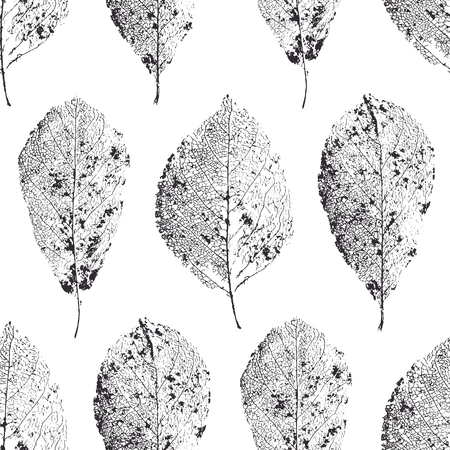 dry: seamless pattern with leaves. Dry leaves with veins.