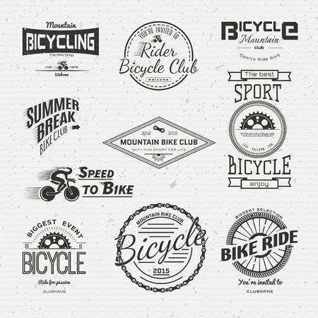in chains: Insignias de bicicletas logotipos y etiquetas para cualquier uso, aisladas sobre fondo blanco. Vectores