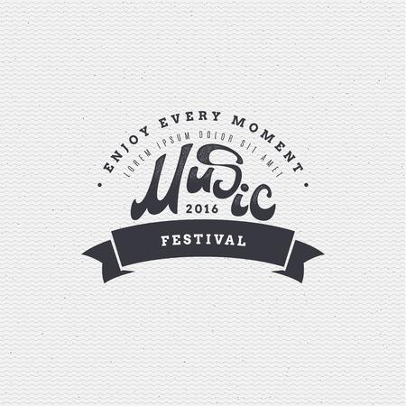 Music Festival - insegne è fatto con l'aiuto di lettering e calligrafia competenze, utilizzare la tipografia destra e la composizione.