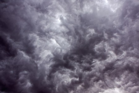Overcast sky with dark storm rain clouds Stock Photo - 7252182