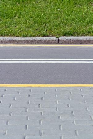 grass verge: Walk and bike path