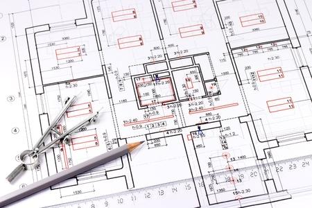 建築、鉛筆と描画コンパス