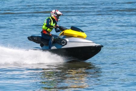 jet ski: Jet ski � grande vitesse
