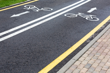 bicycle lane: Bicycle lane and cobbled walk path