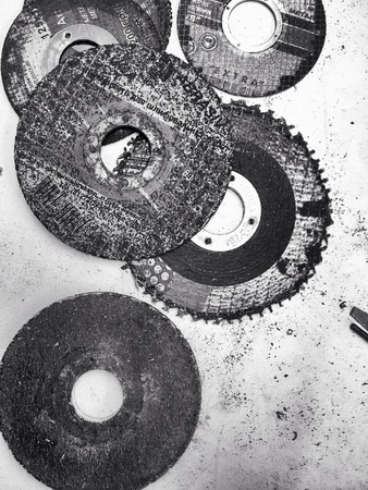 industrial: Abrasive disks for metal cutting work