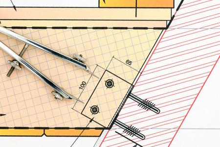 compas de dibujo: detalle de dibujo industrial con vista superior de dibujo brújula