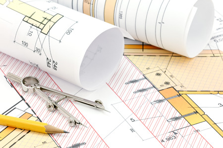 compas de dibujo: plan de construcción, proyecto técnico, lápiz y compás de dibujo